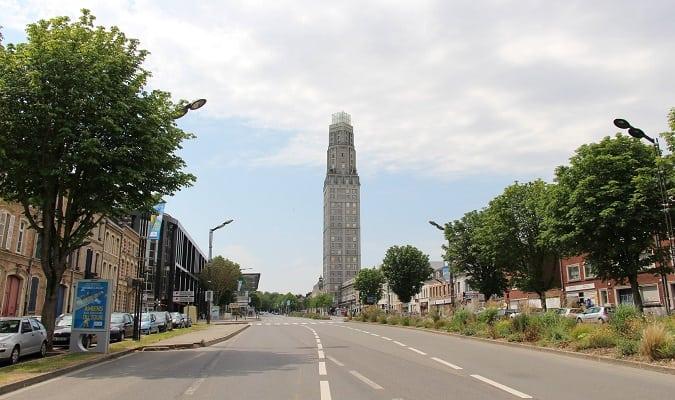 Tour Perret em Amiens Foto
